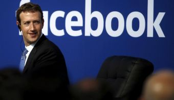 Ustanovitelj in lastnik Facebooka Mark Zuckerberg. FOTO: Reuters