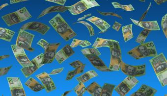 Flying Australian Dollar (isolated with clipping path) FOTO: Selensergen Getty Images/istockphoto