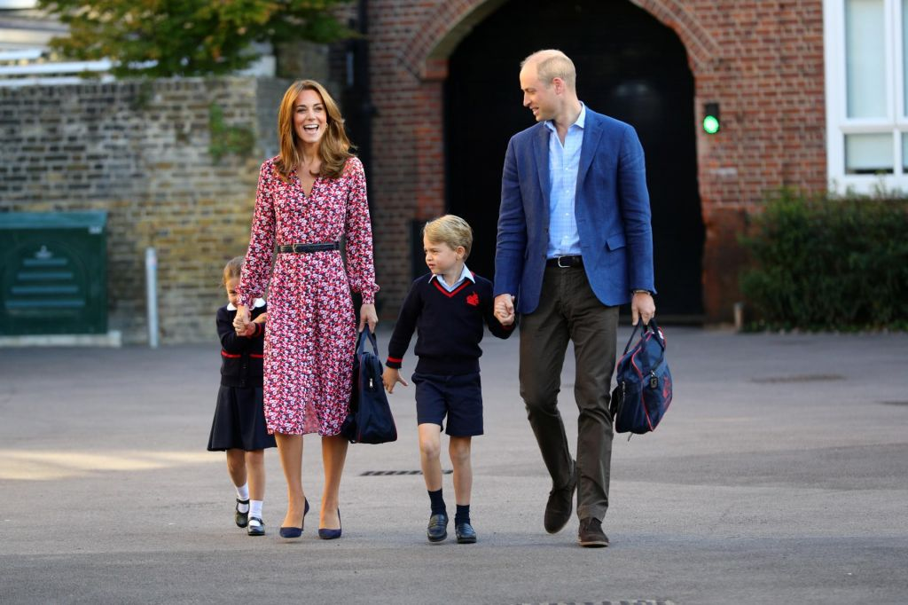 FOTO: Tako sta William in Kate otroka pospremila v šolo